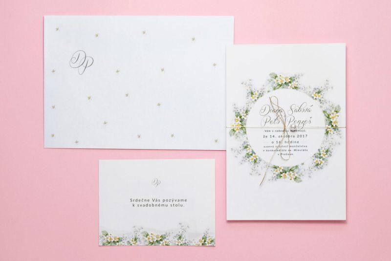 svadobné oznámenie pozvanie a obálka nezábudky zlátené s perličkou