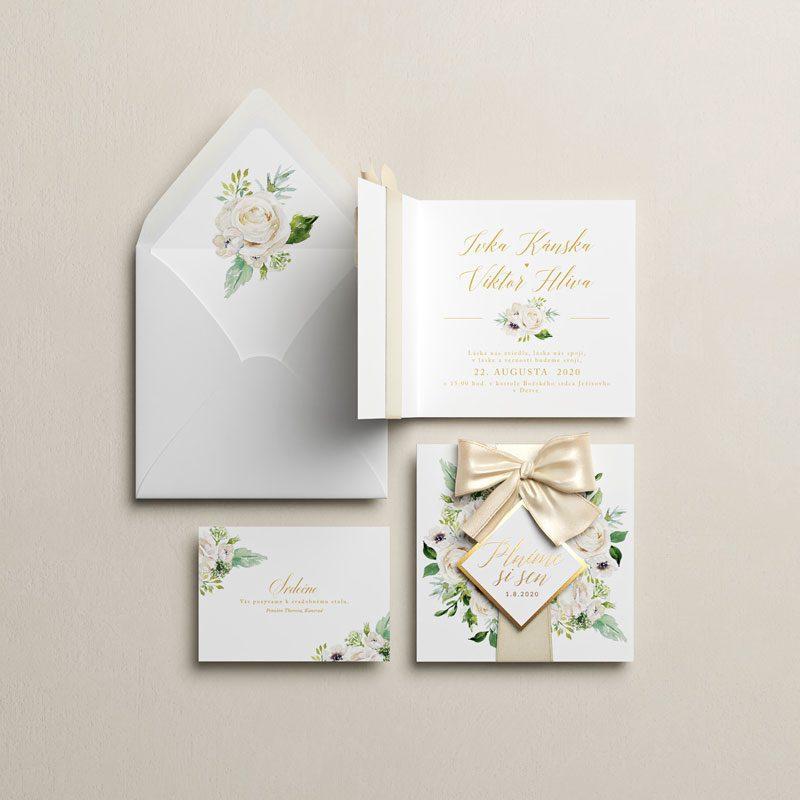 Oznámenie pozvanie a obálka s motívom bielych kvetov